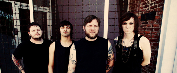 "Against Me! estrenan el vídeo de ""Two Coffins"""