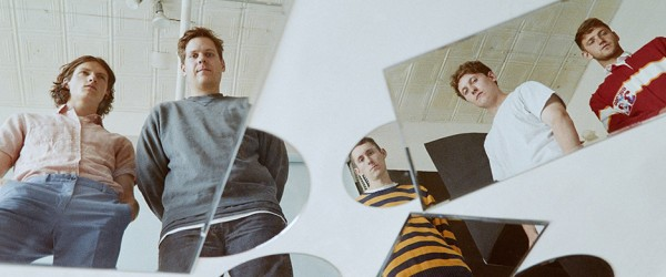 Basement presentan su nuevo disco con 'Disconnect'