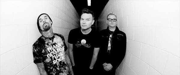 """Blink-182 homenajean """"What's My Age Again?"""" en su nuevo vídeo"""