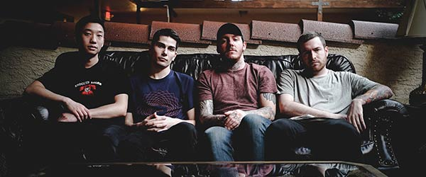 "Vídeo de Counterparts: ""Swim Beneath My Skin"""