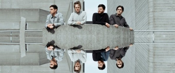 "Nuevo single y video de Enter Shikari, ""Stop The Clocks"""