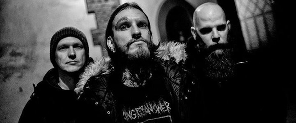 "Adelanto de Implore: ""Grieved Mankind (black clovds)"""