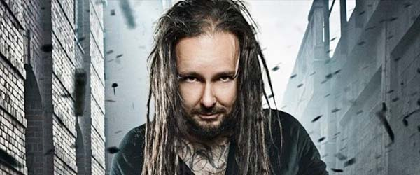 Jonathan Davis comparte el vídeo para 'Basic Needs'