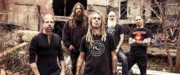 Lamb Of God oficializan la salida definitiva de Chris Adler