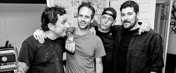 "Adelanto de The Bouncing Souls: ""Up To Us"""
