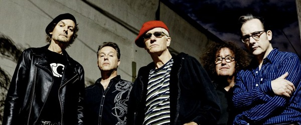 The Damned regresan con 'Standing On The Edge Of Tomorrow'
