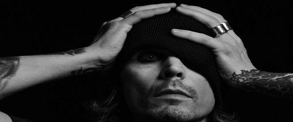 """Ville Valo (HIM) reaparece con """"Gothica Fennica Vol.1"""""""