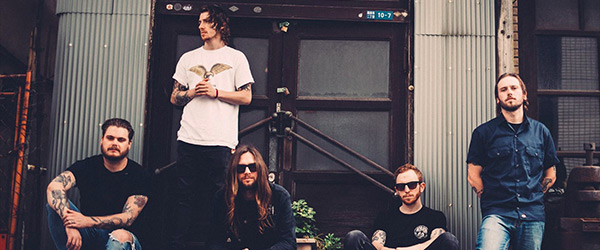 "Vídeo de While She Sleeps: ""Four Walls"""