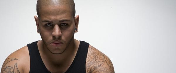 Tommy Vext sustituye a Ivan Moody en Five Finger Death Punch
