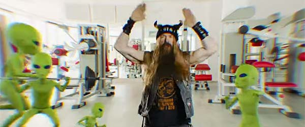 "Loco vídeo de Black Label Society para ""Bored To Tears"""